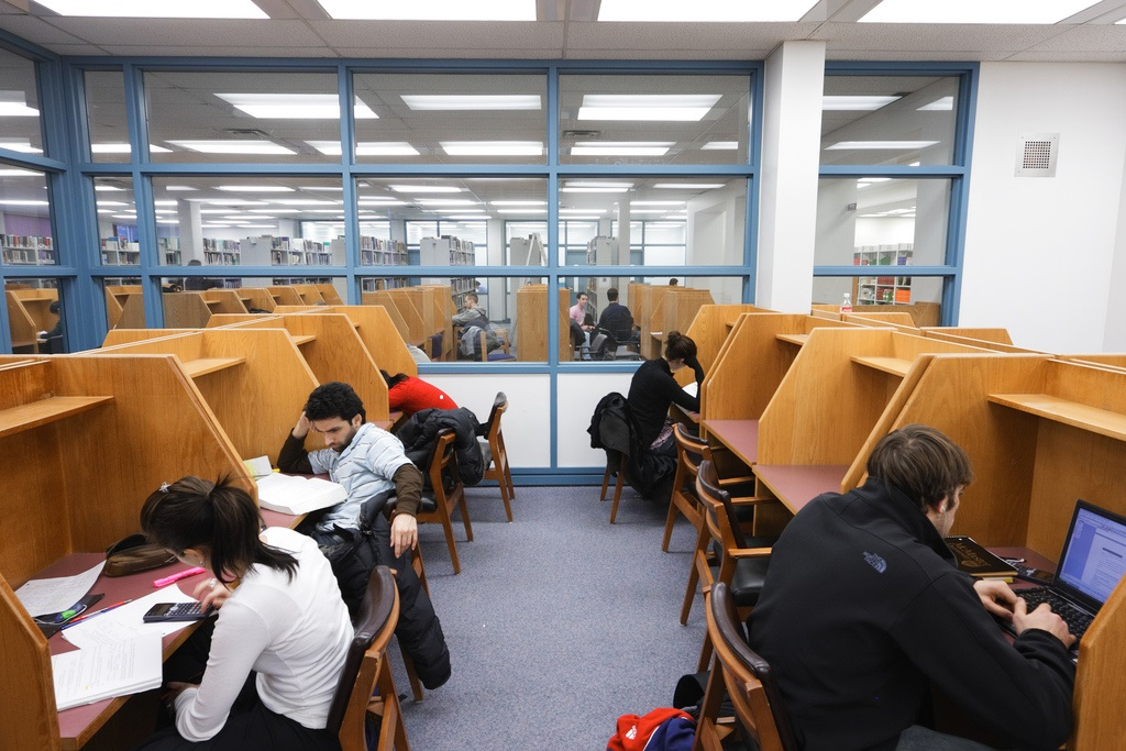 Innis Library Silent Learning Zone with Students