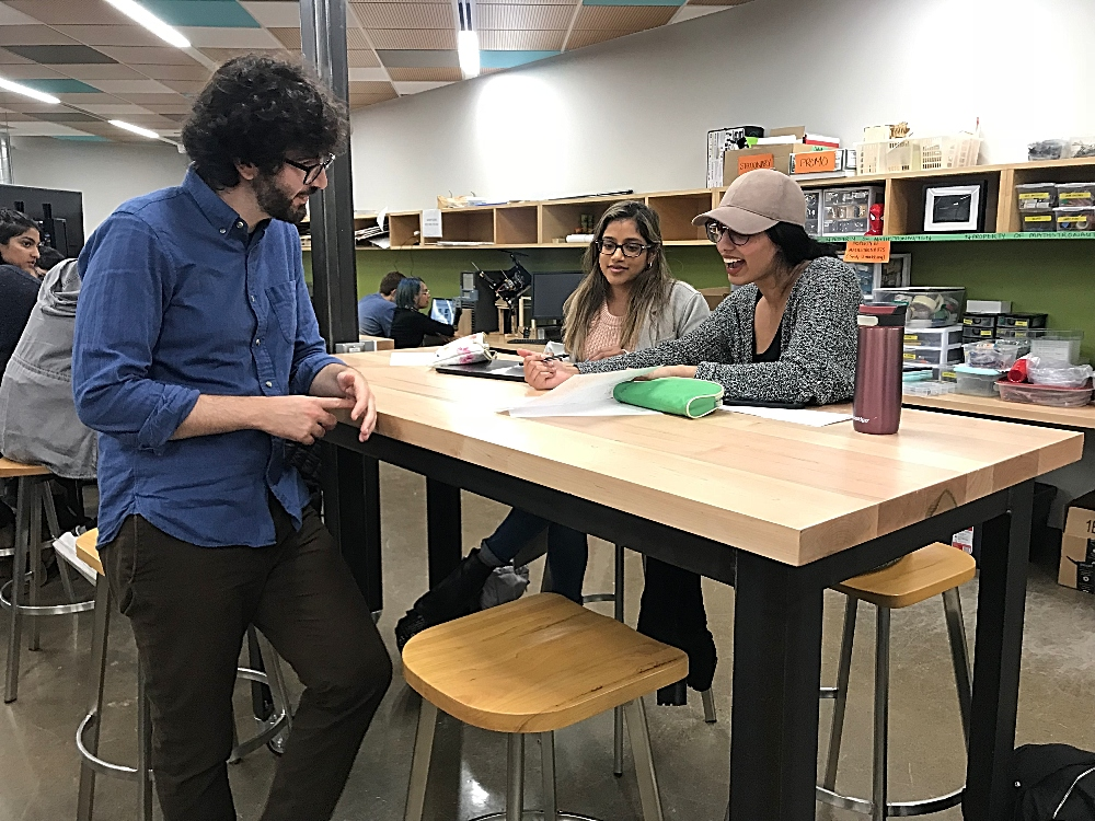 euroscientist and graphic novelist Matteo Farinella spoke to students about visual storytelling in McMaster University Library's Makerspace located in Thode Library.